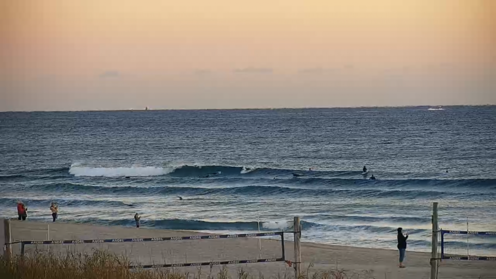 early morning waves in palm beach county